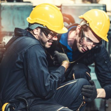 Should I Hire A Personal Injury Lawyer or A Missouri Workers Compensation Attorney